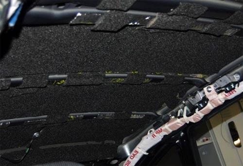 Шумоизоляция потолка автомобиля битопластом